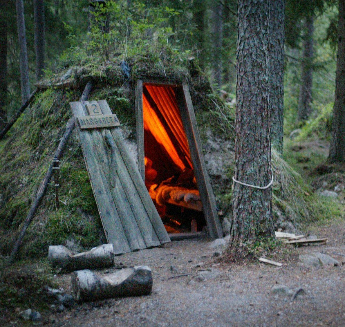 Romantiskt äventyr i kolarkoja för 2 sommar kväll