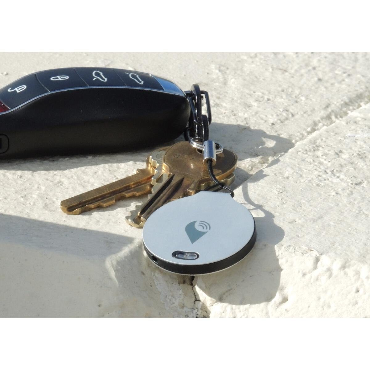 """Sakfinnare """"trackR"""" med Bluetooth"""