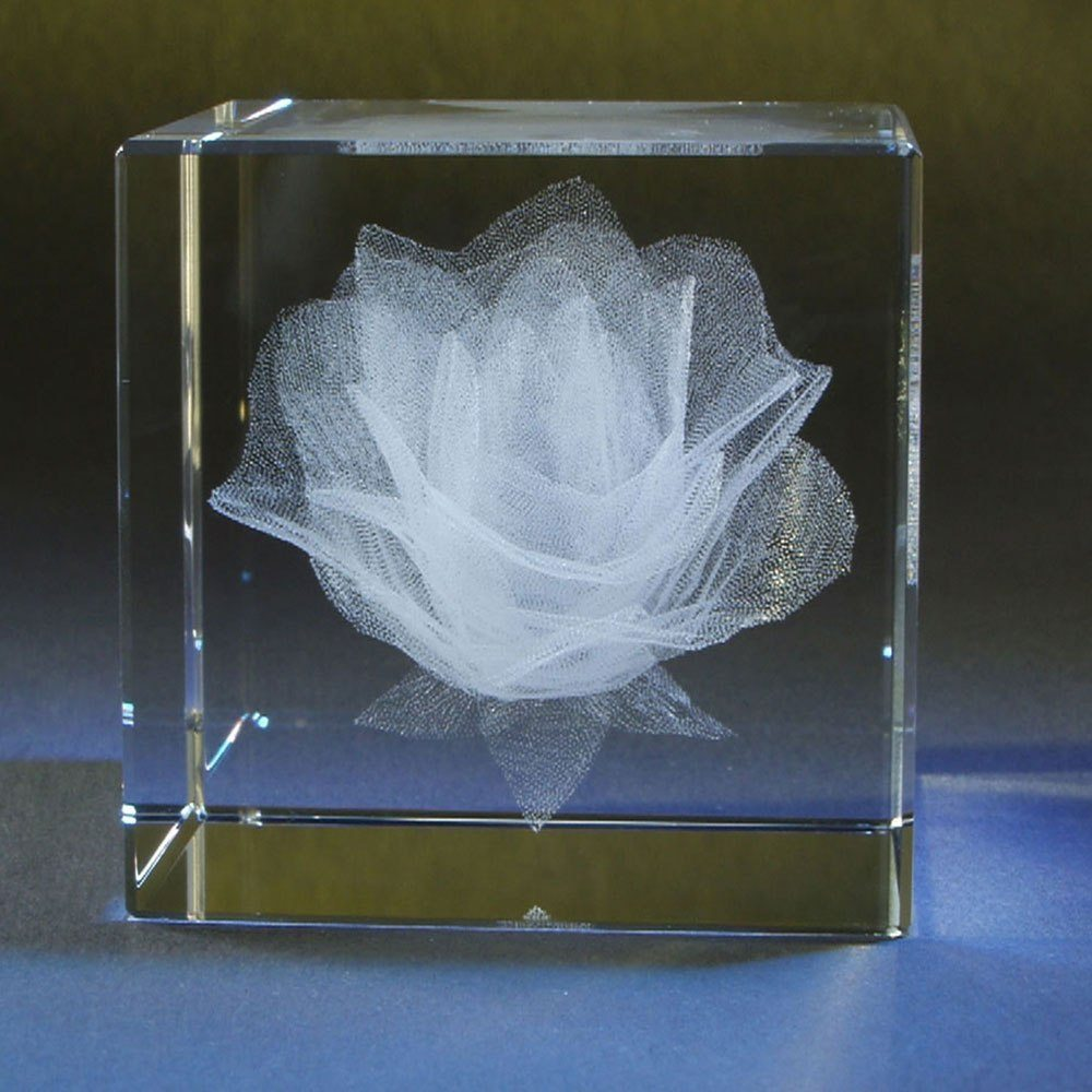 Rosenblüte im Glaswürfel mit individualisierbarem Textfeld