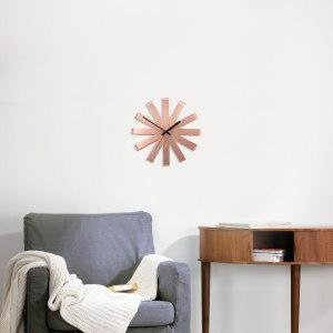 Designer-ur i koppar