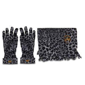 Halsduk och handskar i leopardmönster med initialer