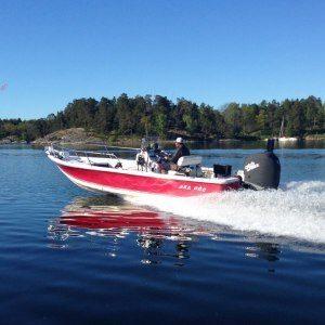 Heldagsfiske från stor båt i grupp - Stockholm