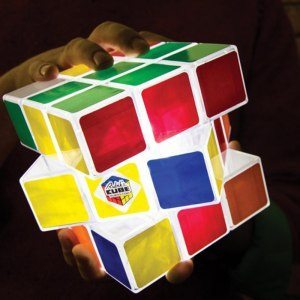 Lysande Rubiks kub