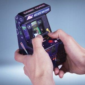 Mini-arkad-maskin med 240 st 16-bitars spel