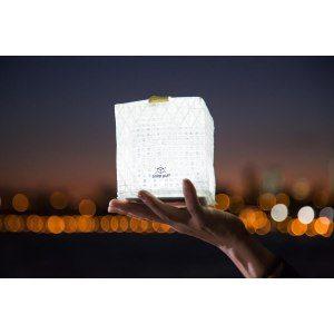 Omtänksam designlampa med solceller