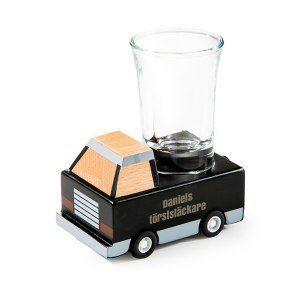 Personlig flakbil med shotsglas
