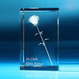 Rose im Glasblock mit individualisierbarem Textfeld