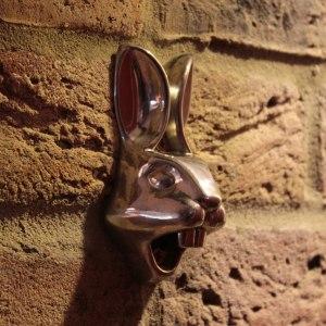 Väggflasköppnare - Kanin