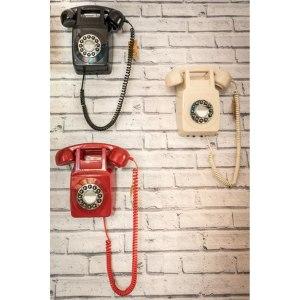 Väggtelefon i 70-tals design