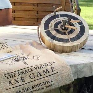 Vikingaspel med miniyxor