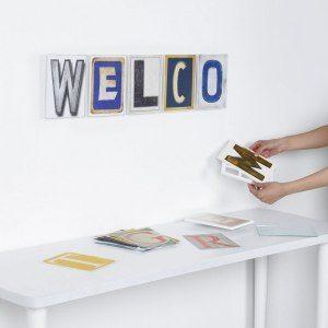 Wall Art - Buchstaben-Design