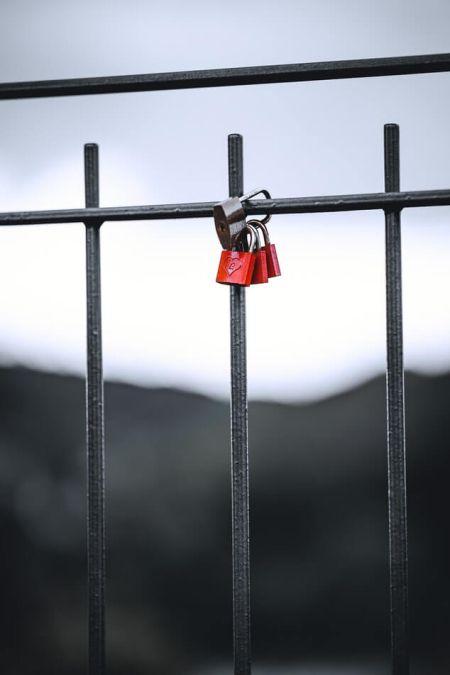 Kärlek Castle räcke bridge Alla hjärtans dag tradition Italien